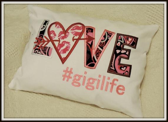 Gigi pillow, gigi love pillow, mothers day gift, gift for mom, grandma kisses, valentine pillow, #gigilife, gift for gigi, grandmother gift