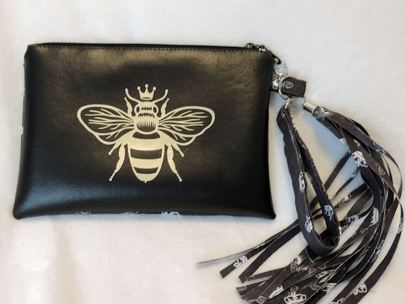 bee purse, bee pouch, gift for apiarist, bee lover gift, save the bees, gift for beekeeper, bee clutch, queen bee gift, honey bee gift