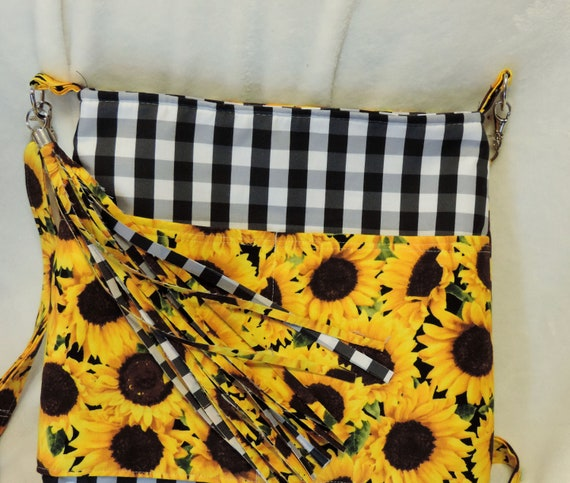 sunflower bag, sunflower buffalo plaid purse, farmhouse bag, sunflower festival, garden lover bag, farmers market purse