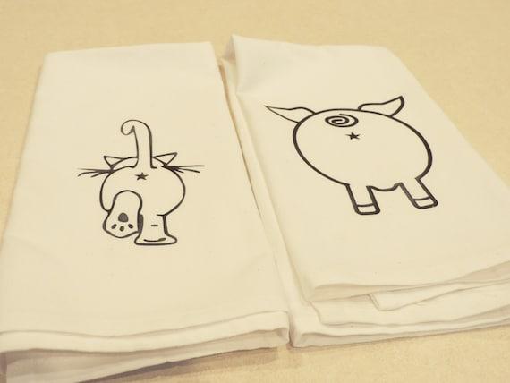 pig butt towel, pig butt art, cat butt towel, farmhouse decor, farm kitchen, funny towel, pig lover gift, cat lover gift, cat lady gift