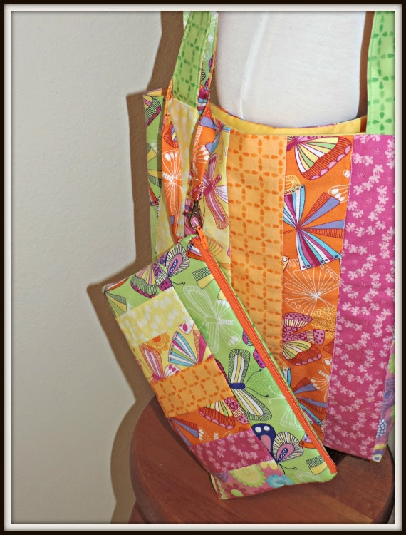 Market tote, reusable grocery bag, beach bag, summer bag and wristlet, summer purse, market tote, Everyday tote and pouch, gift for her