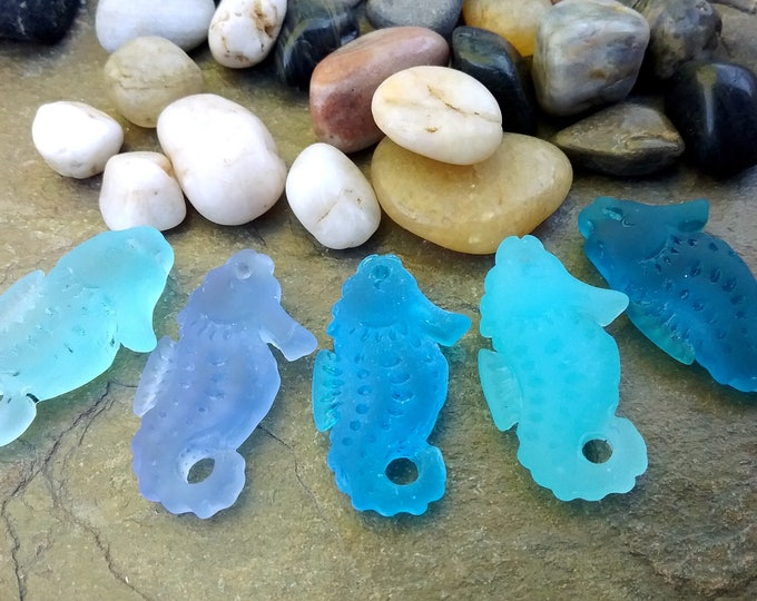 Seahorse, Pendant or Charm, Sea Glass, 29x11mm, Turquoise Bay, Sapphire, Pacific Blue, Opal Blue, Teal, Priced per Piece