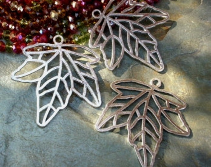 Leaf, Pendant, 67x64mm, Maple Leaf, Antique Silver Plated, Lead Free Pewter, Priced per Piece