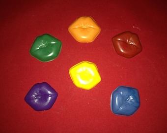 Kisses Crayon Set