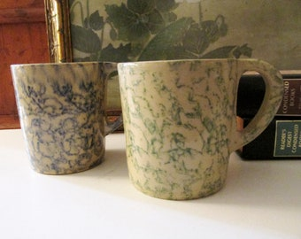 Vintage Pair of Rosevile, Ohio Spongware Mugs, Hand Painted Coffee Mugs, Farmhouse Coffee Mugs, Vintage Gift