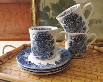 English Set of Three Cups and Saucers by J & G Meakin England, Romantic England Teacups, English Country, Chinoiserie Decor