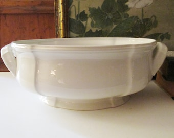Villeroy & Boch Manoir Tureen, Vegetable Serving Bowl, French Country, Cachepot, Farmhouse Chic, White Ironstone