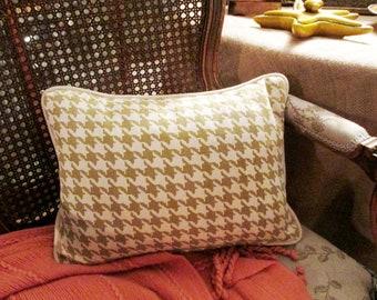 "Vintage Houndstooth Pillow, Sage Green and Cream Pillow, Small Lumbar Pillow, 12"" x 16"" Pillow, Calico Corners"