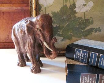 Vintage Syroco Wood Elephant, Vintage Elephant Sulpture, Bo Ho Chic Mantel Decor, Chinoiserie Decor, Elephant Figurine