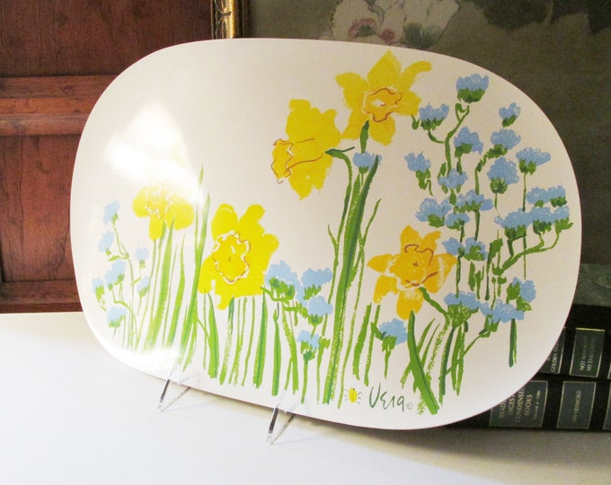 Featured listing image: Vintage Four Vera Placemats, Vear Neumann Daffodil and Cornflower Blue Oval Placemats, Pop Art 1970's Flower Table Decor