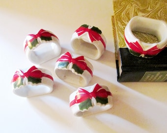 Set of Six Red Ribbon and Holly Napkin Rings, 1986 Mount Clemens Pottery Ribbon & Holly Napkin Rings