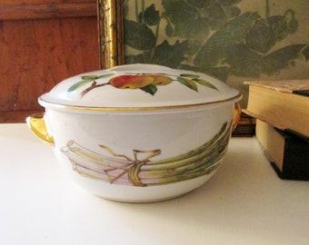 "Vintage Royal Worchester ""Evesham"" Baking Dish, Royal Worchester Flameproof Porcelain, Elegant Dining, Size 6, Shape 23"