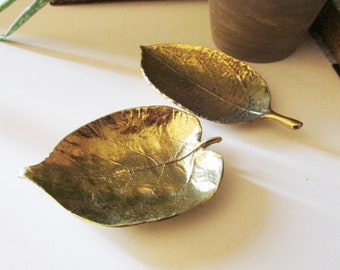 Vintage Virginia Metalcrafters Linden Leaf Dish, Brass Leaf Tray, Coffee Table Decor, Hollywood Regency, Home Office Decor