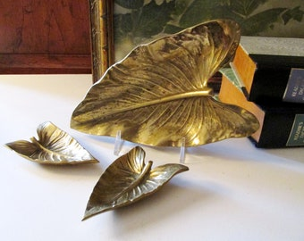 Vintage Trio Of Virginia Metalcrafters Calla Lilly Trays, Vintage Brass Leaf Dishes, Tablescape Decor, Vintage Brass Decor