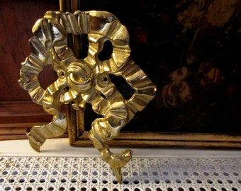 Large Brass Bow Wall Accent, Bombay Company Bow Wall Decor, Mantel Decor, Entry Decor, Romantic Decor, Picture Accent, Gallery Wall Decor