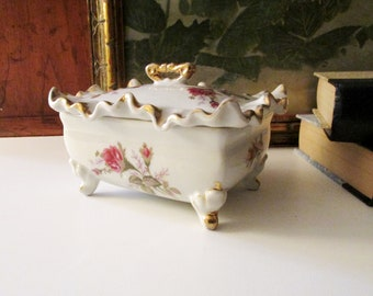 Vintage Moss Rose Trinket Box, Palm Beach Decor, Vanity Decor , Candy Box, Vintage Gift, Granny Chic, Grandmillennial Style