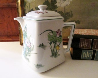 Vintage Lily Pad Teapot, Chinoiserie Square White and Green Floral Porcelain Teapot, Alfresco Dining, Palm Beach Decor