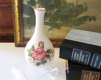Wedgwood Charnwood Vase, Made in England, Bud Vase, Butterfly Vase, Vanity Table Decor, Mother's Day Gift