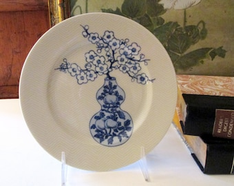 Vintage Fitz and Floyd Chinoiserie Plate, In the Blue Glaze, Oriental Blue & White Vase, Wall Gallery, Palm Beach Decor, The Gilded Tassel