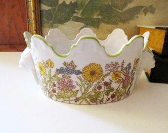 Vintage Wildflowers Cachepot, Door Knocker Style Handles, Lion Head, Grandmillennial Style, Monteith Pot