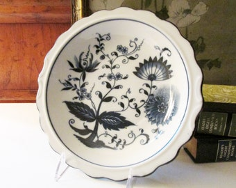 Vintage Blue Onion Plate, Blue Nordic, Chinoiserie Blue and White Decor, Decorative Shallow Plate