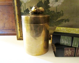 Vintage Brass Shell Box, Hollywood Regency Brass Container, Palm Beach Decor, The Gilded Tassel