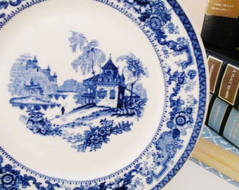 Syracuse China Blue and White Chinoiserie Plate, Restaurantware, Gallery Wall Decor, Blue And White Decor, Blue Willow Style
