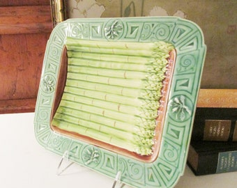 Green Asparagus Majoica Style Plate, Henriksen Imports, Etruscan Majolica Style, Vintage Gift, Palm Beach Decor