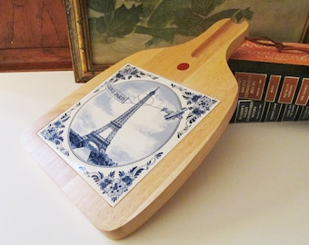 Vintage Paris Theme Cheese Board, Holland Made Blue Delft and White Tile, Cheese Tray, Bread Board, Wood and Tile Cutting Board
