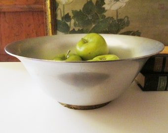 Kensington Centerpiece Bowl, Mid Century Aluminum Silver and Brass Footed Bowl, Lurelle Guild. Art Moderne Style