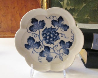 Williamsburg Blue in Bloom Bottle Coaster, Blue Grapes and Leaves, Andrea by Sadek Catchall Tray, Chinoiserie Dish, Blue and White Decor
