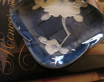 Fitz and Floyd Blue Lotus Flower Dish, Chinoiserie Decorative Tray, Palm Beach Decor, Blue and White Dish
