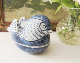 Vintage Fitz and Floyd Blue Bird Trinket Box, Vintage Gift, Blue and White Decor, Nesting Hen, Chinoiserie Bird