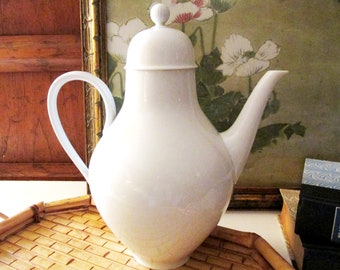 Vintage White German Coffee Pot,  Hutschenreuther Selb Germany Porcelain Coffee Pot, Mid Century Design