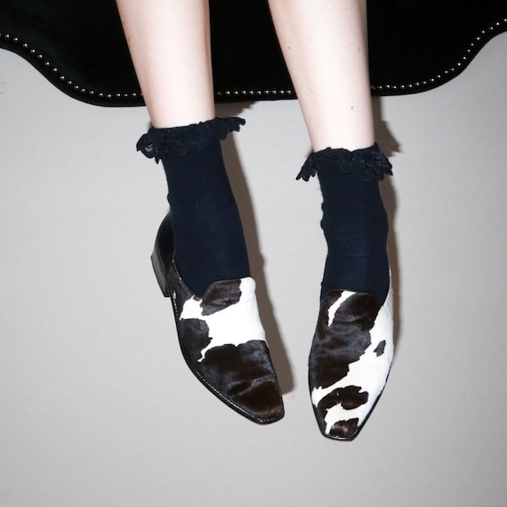 vtg 90s western minimalist cow print slip on shoes
