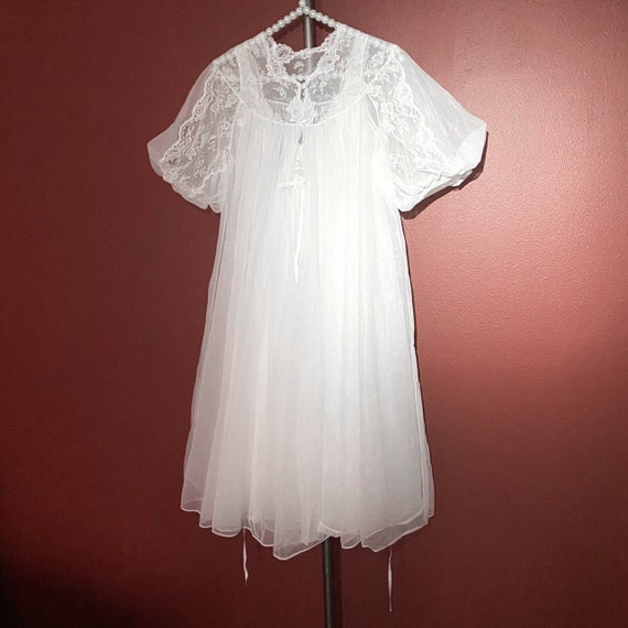 60s 70s angelic white two piece nighty with slip a