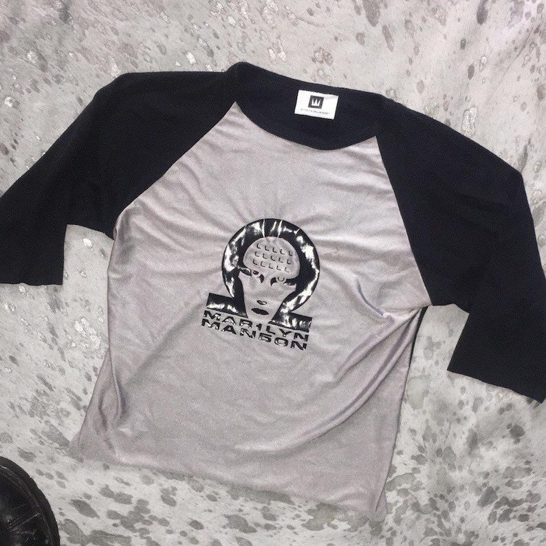 vtg 90s Marilyn Manson black and gray mechanical animals raglan crop baby t size S