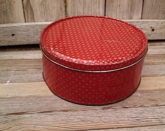 "Cake/Cookie/CandyTin ""Red Rustic"" VintageTinWare, PrairieKitchen, Tinware, FarmHouse, VintageEntertaining, VintageGifts, 7""Diameter x 3""Deep"