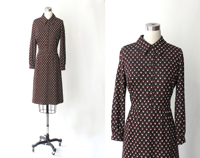 1960s Collared Knit Acorn Dress // 60s Vintage Kimberly Long Sleeve Knee Length Mod Day Dress // Medium -  Large