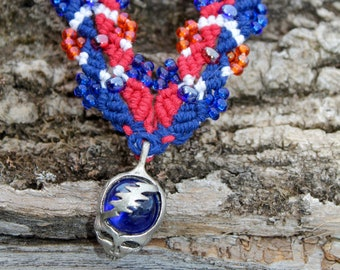 Grateful Dead inspired micromacrame hemp necklace, hemp jewelry, stealie, hippie, deadhead, macrame
