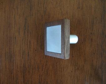 "Wood Cabinet Knob - ""Alumi-Lay"""