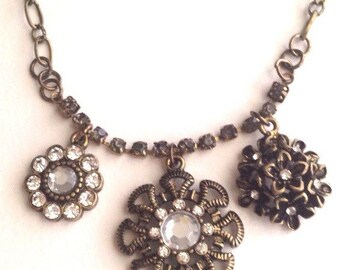 Antique Brass Glass Stome Flower Charm Necklace