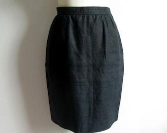 73e4a38286 Vintage 1980s Valentino Miss V Skirt Black Linen Straight 80s Designer Knee  Length Skirt 8US
