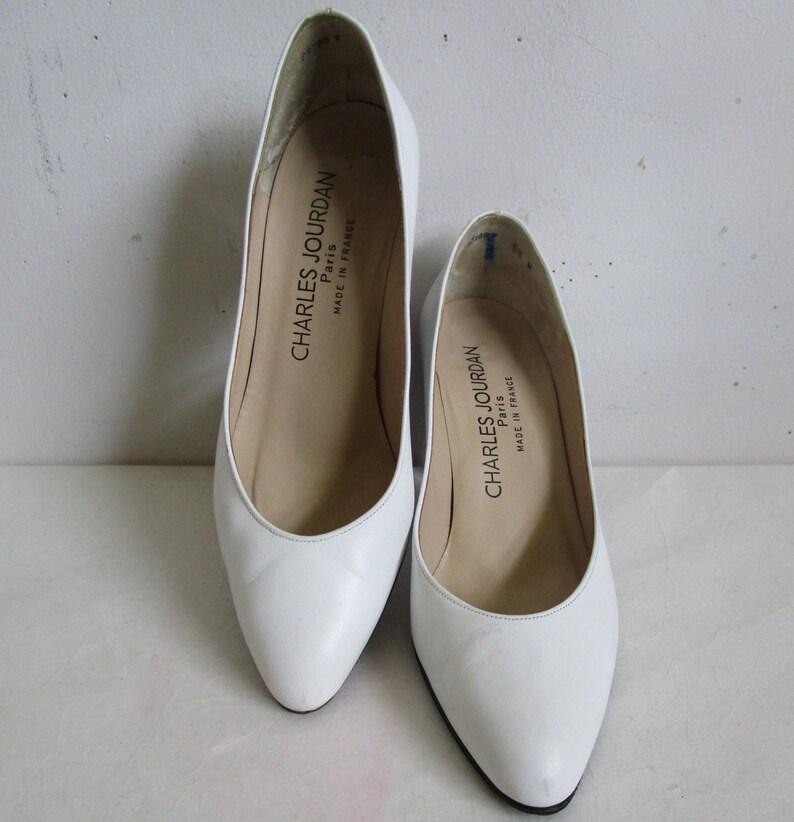 c1a8a429e60 Vintage 80s Charles Jourdan Shoes 1980s White Leather Designer Pump Shoes  5.5M