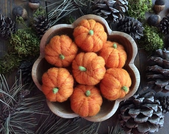 The Pumpkin Patch: Felted wool pumpkins for Halloween and Harvest, for waldorf children or natural home decor, wholesale lot of 10