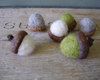 Felted acorns, set of 6, Oregon Springtime Mix, White, Light Green, Light Grey, waldorf acorns, pnw gifts, oregon gifts, green felt acorns