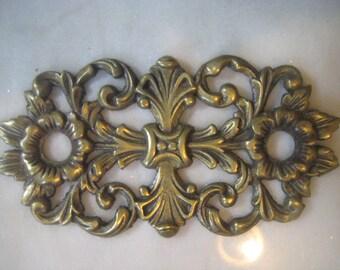 "Vintage Ornate Cast Brass Open Work Floral Design Escutcheon Backplate, Brass Hardware Finding, 4 5/8 "" x 2 3/8"". 1 Pc."