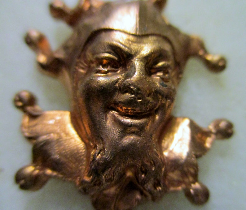 1950s Renaissance Style Harlequin Mask Magician Stamped Raw Brass Jewelry Finding 1 pc. 25x21mm Vintage Jester Stamping Embellishment