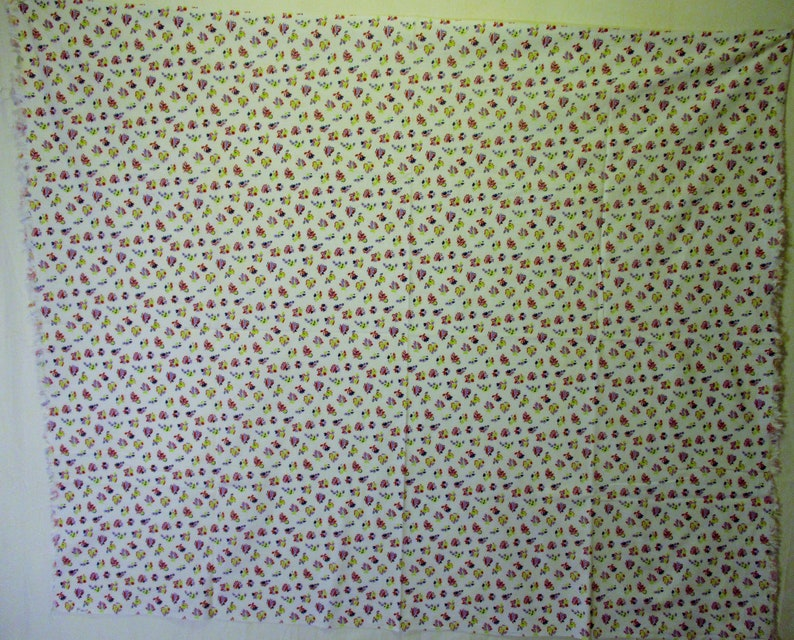 Farm House PurpleNavyRedYellowGreen on White Vintage Cotton Full Open Feedsack 44x 36 Quilting Floral Print Feedsack Fabric