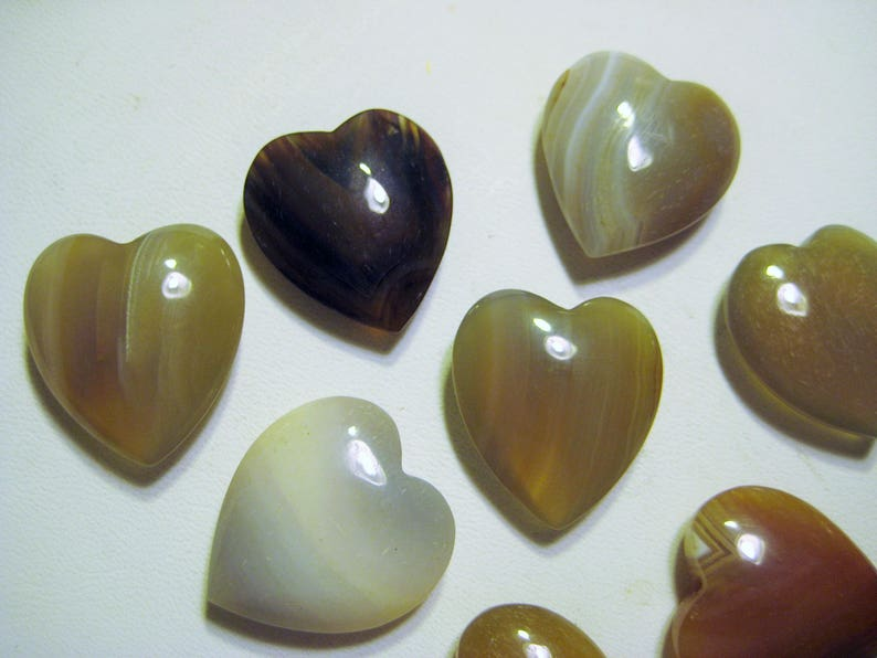 Charms Beads 12 Pcs Natural Crystals in Assorted Colors, kk 24x22x8mm Mixed Agate Translucent Gemstone Heart Shaped Polished Pendants